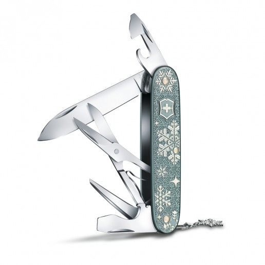 0.8231.22E1 Victorinox Pioneer X Winter Magic SE 2020